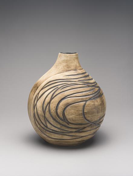 Vase (C-35)