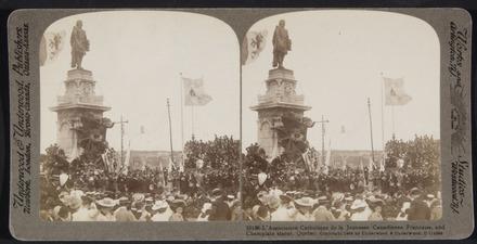 Hommage de l'Association catholique de la jeunesse canadienne-française au monument à Champlain, tricentenaire de Québec