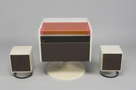 Chaîne stéréophonique RCA (modèle SFA 1094) de la « Collection Forma »