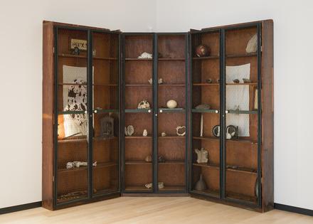 Cabinets de curiosités (Bruxa, Le Cerveau et Le Voyage)