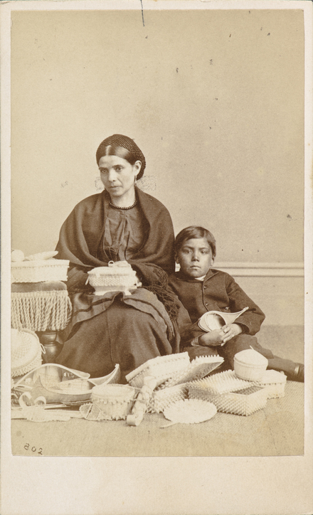 Margaret Tahamont et son fils, Lazarus, de l'album de collection, dit de Napoléon Garneau