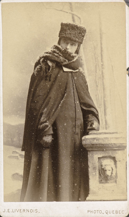 Frère des Écoles chrétiennes, en costume d'hiver, de l'album de collection dit de Napoléon Garneau