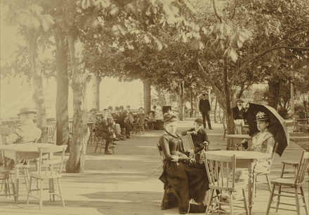 La Promenade au parc Sohmer