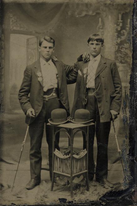 Portrait de deux hommes